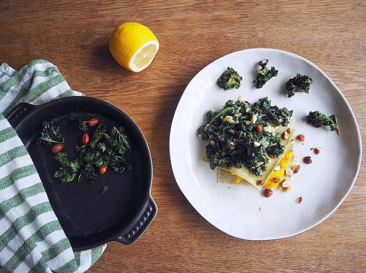 Open lasagna with autumn flavors; butternut squash, green kale snd rosted hazelnuts.