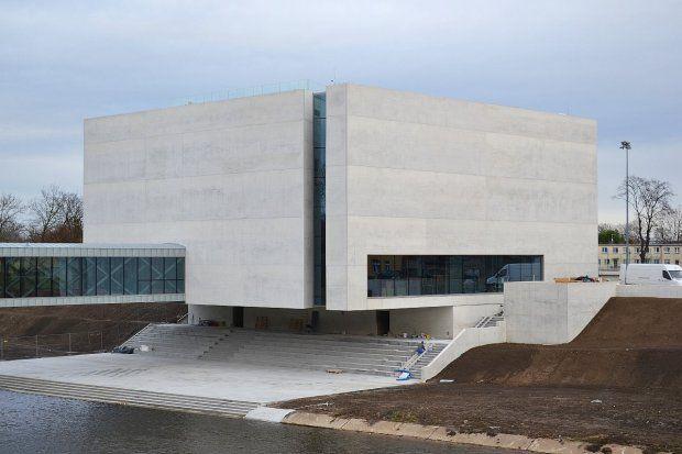 Brama Poznania. Muzeum ukryte w betonowej kostce czeka na otwarcie [ZDJĘCIA]