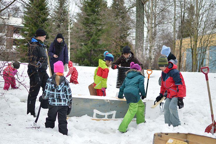 Lumiterapiassa nautitaan talvesta. Oulu (Finland)