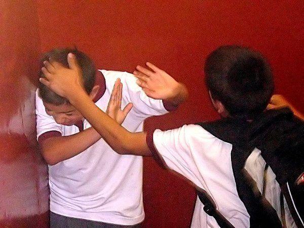 Acoso escolar hacia adolescentes con Síndrome de Asperger y Autismo de Alto Funcionamiento