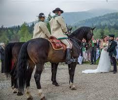 Znalezione obrazy dla zapytania wesele w Zakopanem karczma młyniska