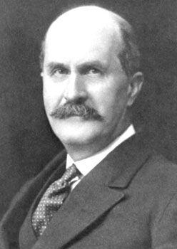 1915, William Henry Bragg.