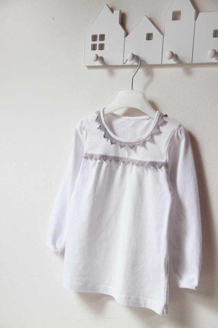 Recyklace - ze starého trička nové. Ručně háčkovaná krajka / Kids recykled t-shirt with handmade crochet lace