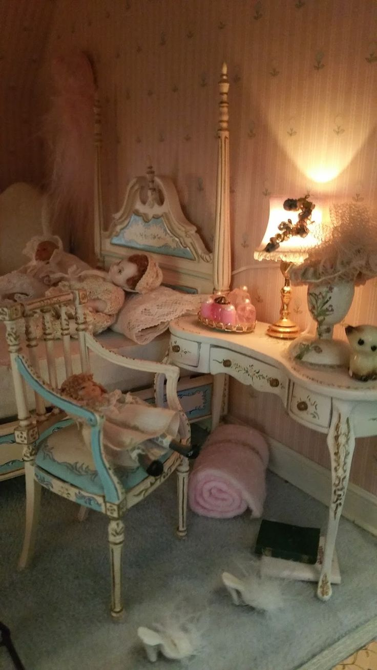 miniature bedroom 4758 best Dollhouse Miniatures images