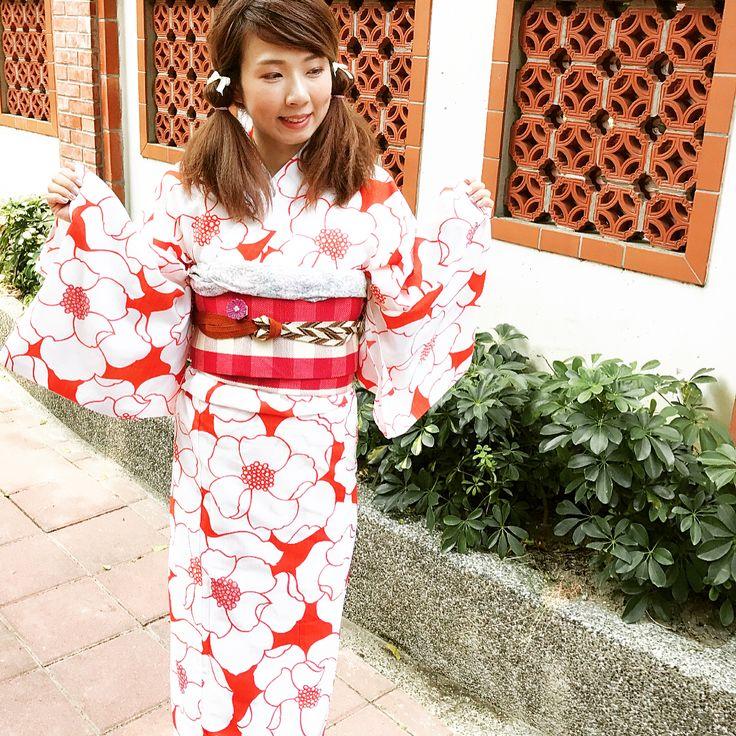 """着物お出かけ隊・台湾支部 (@kimono_with_taiwan) on Instagram: """"ワッフルアイロンで遊んでいたら髪の毛がかなりボンバーになってしまったので、二つ結びより提灯結びに変わりましたw←ボリュームを抑えるため(-.-;)…"""""""