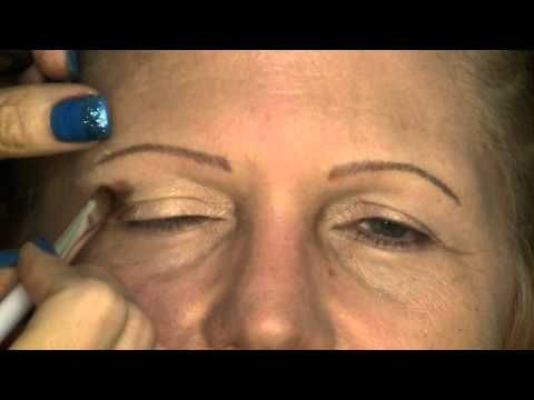 "EYE MAKEUP tutorial for ""HOODED"" eyes.  WOW.  You have to see how this woman went from looking like she's in her 60's to in her thirties!"