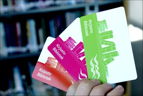 Vaasan kaupunginkirjaston uudet kortit