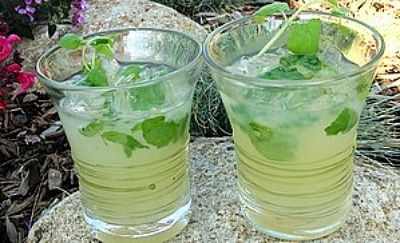 recipe for a large batch of mojitos....for parties....by the pitcher