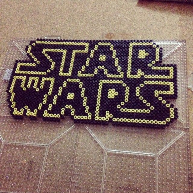 HAMA - PERLER BEADS / PERLES à REPASSER / STRIJKPARELS - STAR WARS - Star Wars logo perler beads by siouxsiesioux