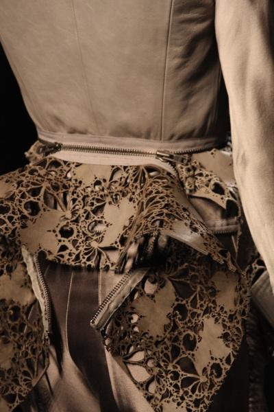 H Ackerman - interesting zipper detail.