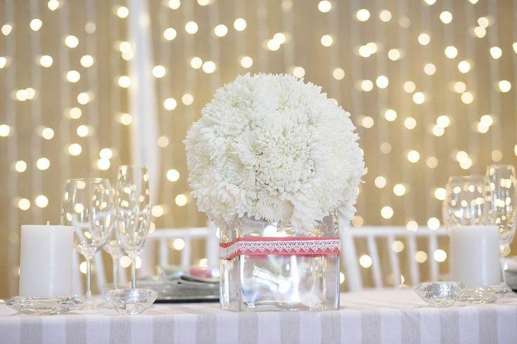 Single white pom poms flower ball