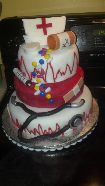 Nursing school grad cake..This is the cake i want
