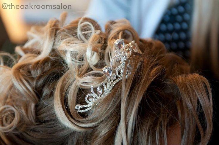 Wedding Hair by Kelly Folland @ The Oak Room