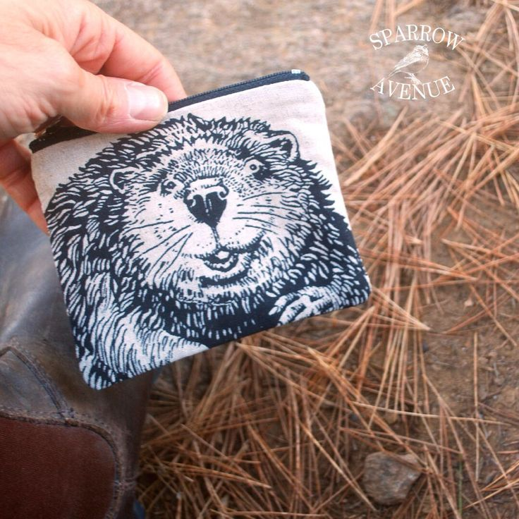 If you are in Toronto or the surrounding area, come to the Holiday Market at The Great Hall at Dovercourt and Queen St. W., Sunday November 6, 2016. You'll find lots of these cute Beaver Pouches at my table...hope to seeing you there.