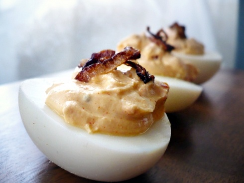 Moxie's Stealthy & Healhty Post for the Week - What's the deal with Greek yogurt? And an irresistible Smokey Deviled Eggs using plain greek yogurt in place of mayo.