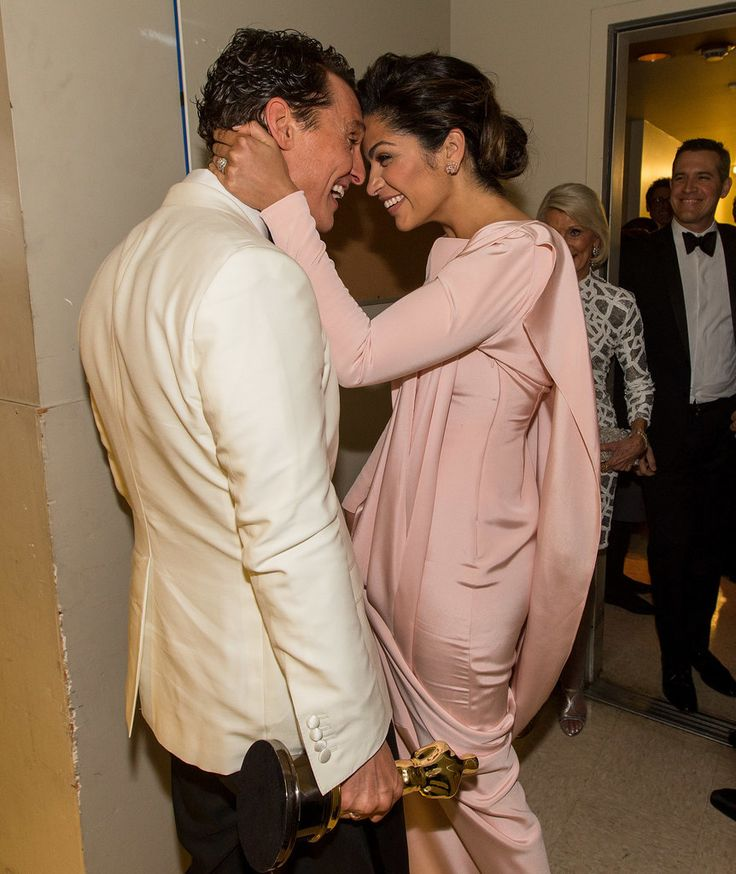 Matthew McConaughey and Camila Alves <3