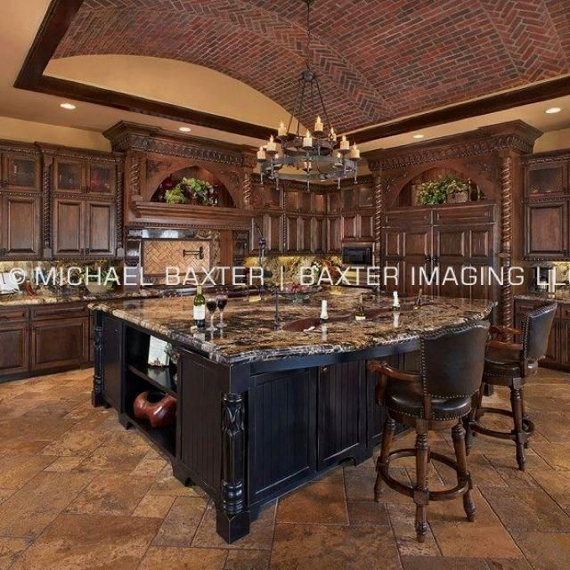 Luxurykitchendesigns Tuscan Kitchen Mediterranean Kitchen