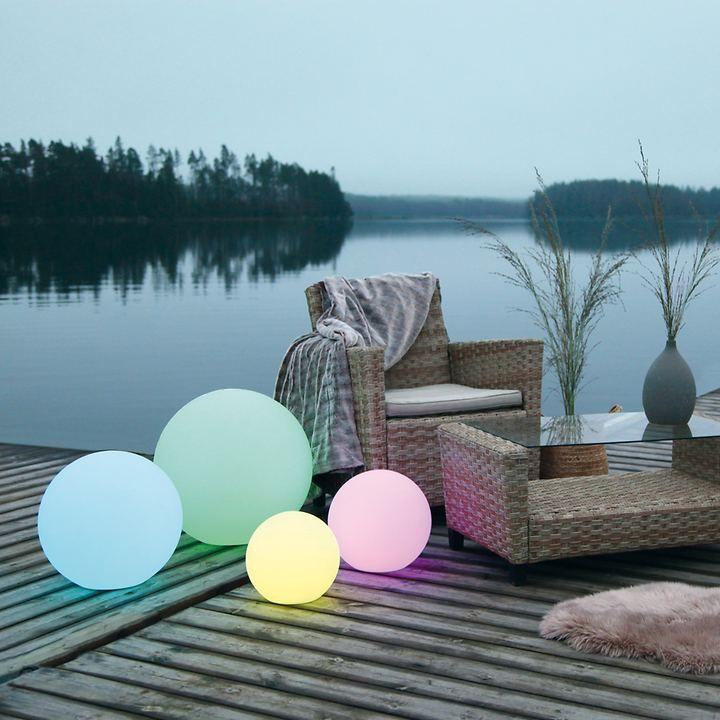 Geniale Led Leuchtkugeln Fur Die Wohnung Und Den Garten Fernbedienung Led Solarkugeln