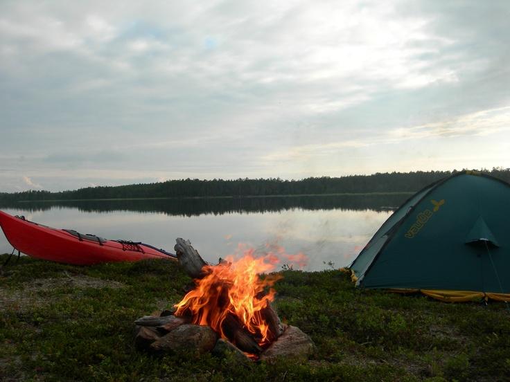 En Gran lago Inari
