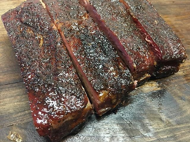 No Filter!!!! These spareribs were thick and delicious. Rubbed with out Texas 1845 BBQ Rub and smoked on our TraegerXL. #1845 #Texas #Seasoning #spices #Dirrtysbbqco #dirrtyswamp #food #yum #yummy #bbq #barbecue #gotexan #texasbbq #smoking #cooking #grilling #ribs #pitmaster #pitmasters #traeger #traegergrills @traeger_tx @traegergrills @traegerbbq #nofilter Reposted Via @dirrtysbbqco