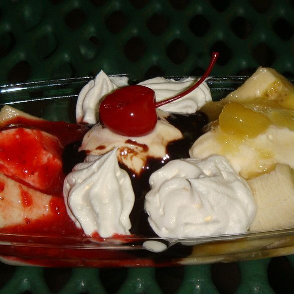 What Fast Food Places Have A Banana Split