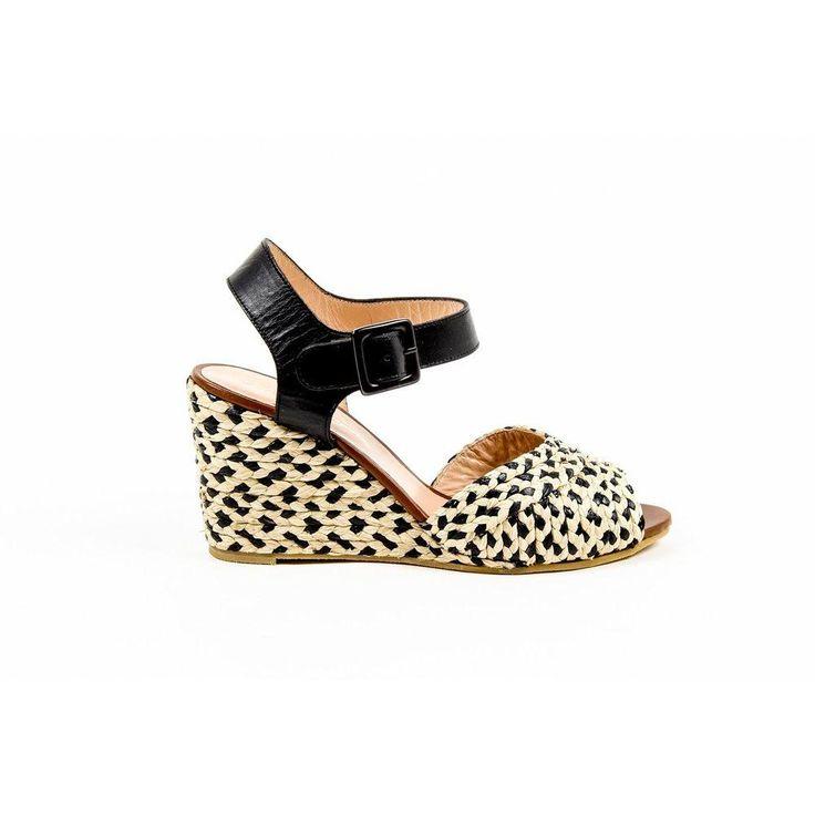 Multi Color 36.5 EUR - 6.5 US Robert Clergerie Paris Womens Ankle Strap Wedge Sandal. size: 36.5 EUR - 6.5 US.Details: DIZON PAILLE NAT VEG NOIR DBL PDR BC - Color: Multicolor - Composition: LEATHER + STRAW - Heel: 9 cm - Sole: RUBBER - Made: FRANCECondition : This item is brand new