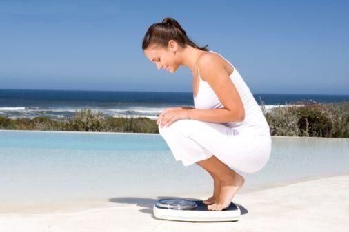 Se stai pensando di dimagrire, prova il piano del Dottor Oz; in due settimane, ti aiuterà a sentirti sazia e a perdere peso in pochi, semplici passi: