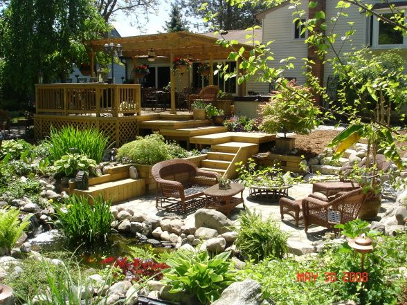 Amazing Outdoor Patio Deck With Water Features And