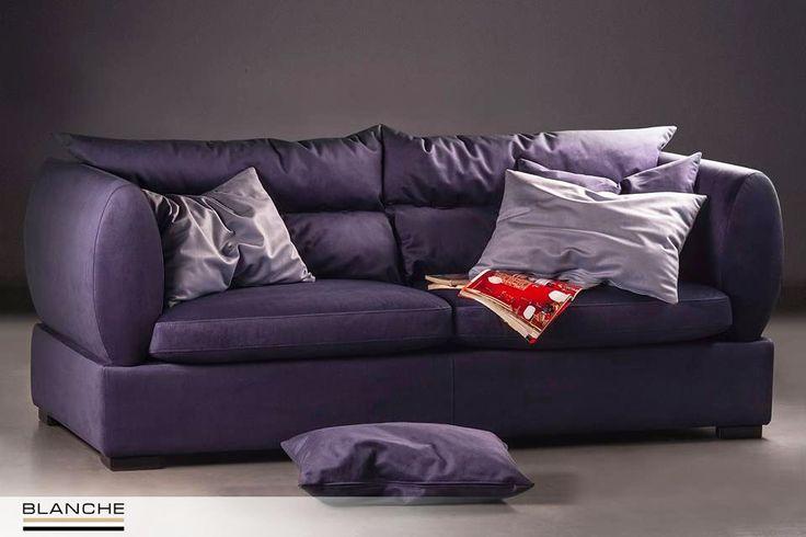 В модели PARMA мы воплотили гармоничное сочетание геометрических форм и мягкости. В результате диван получил свой неповторимый выдержанный стиль, который прекрасно подчеркивает глубокий синий цвет обивки. По желанию покупателя модель может быть укомплектована механизмом трансформации для сна Sedaflex.