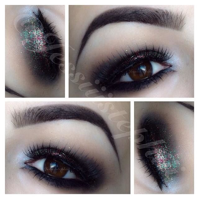"""✨EOTD✨ Went a little crazy with Christmas inspired glitter ✨ Products:  Brows: @anastasiabeverlyhills Brow Wiz in """"Ebony""""  Eyelid: @NYX Cosmetics Jumbo Eyepencil in """"black Bean"""" as base. With M.A.C's """"Carbon"""" on top. Crease: (transition color) """"omega"""" by"""