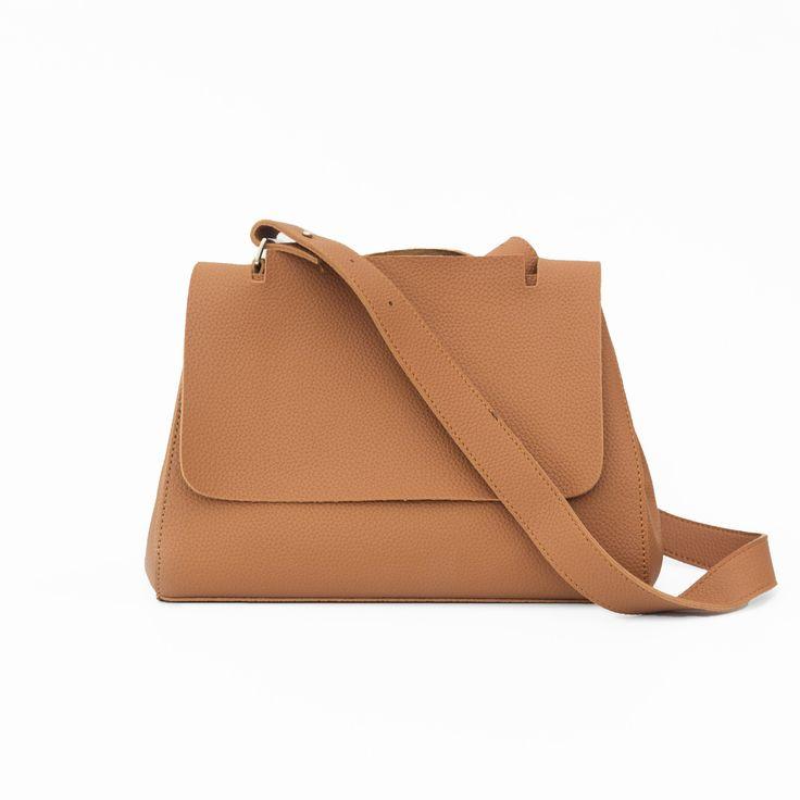 Leblon Vegan Leather Shoulder Bag | vegan purse | vegan handbag