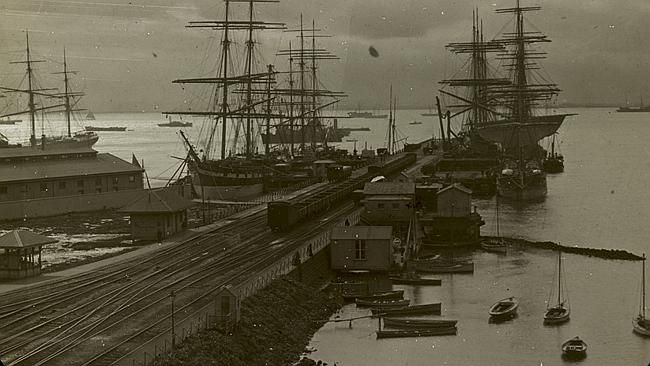 Williamstown pier, before 1930. Picture: Trove