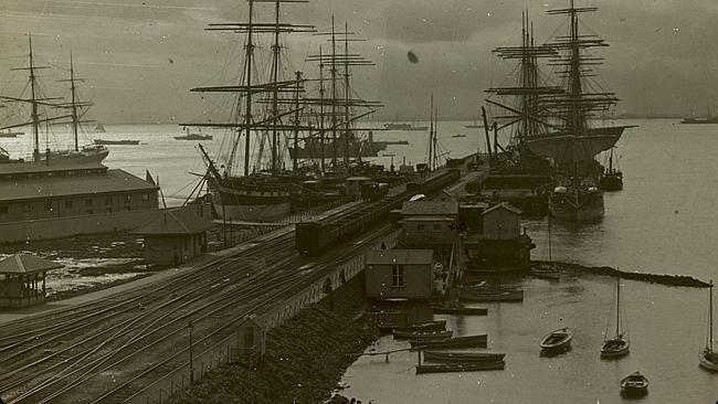 Williamstown pier, before 1930. Picture: Trove