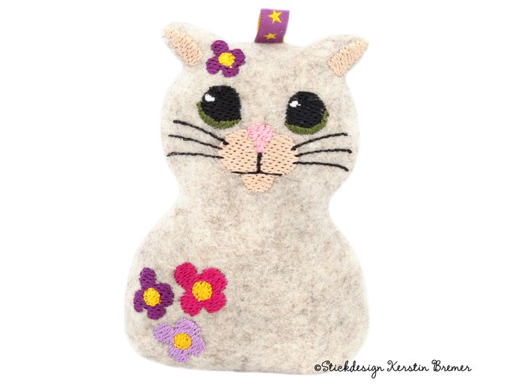 Blümchen Katze ITH (in the hoop) Stickdatei. So cute! ith flower cat embroidery file for embroidery machines. ©Stickdesign Kerstin Bremer