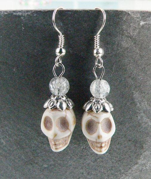 Ohrhänger Skull von Happy-about- Pearls auf DaWanda.com