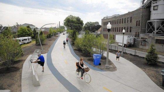 606, the Bloomingdale Trail, la nouvelle piste cyclable et piétonne à Chicago
