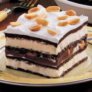 easy ice cream sandwich cake!: Sandwiches Desserts, Fun Recipes, Desserts Recipes, Ice Cream Sandwiches, Food, Gooey Desserts, Yummy, Ooey Gooey, Icecream