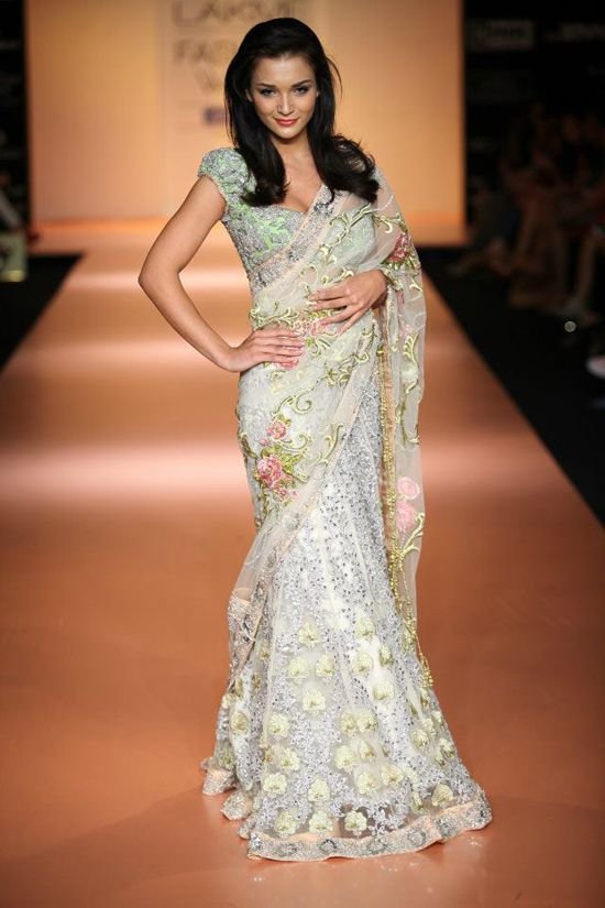 Bhairavi Jaikishan. Gorgeous, gorgeous, gorgeous. Love the floral and lace applique.