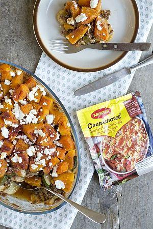 Ovenschotel met tomatensaus, aardappelschijfjes, pompoen en geitenkaas