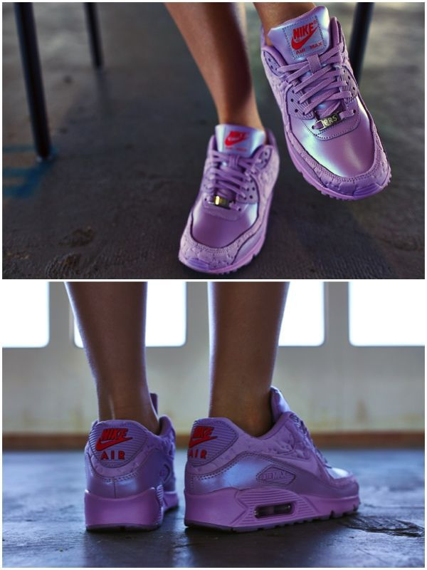 Nike Air Max 90 On Feet Women