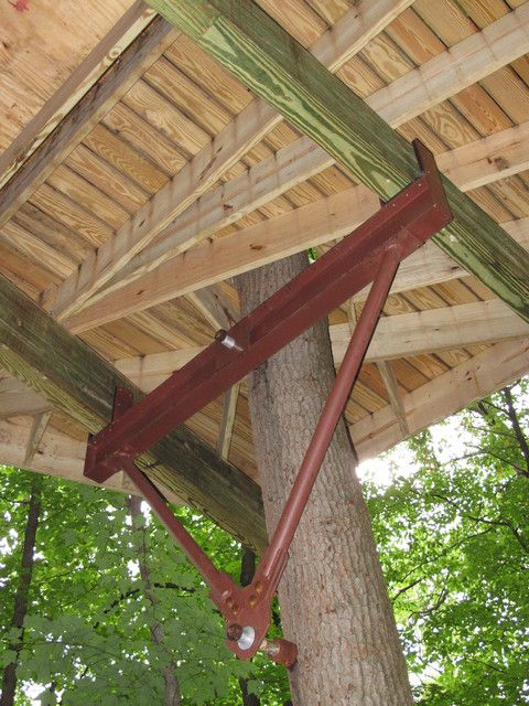 Hardware based largely on zipline technology has revolutionized treehouse design and construction, says Mooney (photo by Brian Bull)