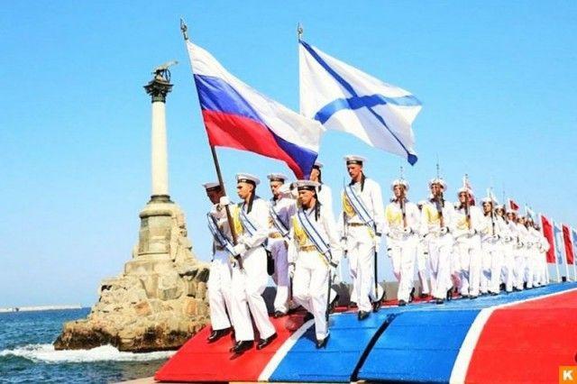Дорогие заказчики, 30 июля день ВМФ России, с чем вас сердечно поздравляем! Сообщаем, что сегодня до 14-00 еще можно разместить заказ на флаги, посвященные этому событию. Ваш заказ будет готов завтра 28 июля в 16-00 Заявку на изготовление флага можно отправить на почту info@simvol24.ru или позвонив по телефону: +73912142837
