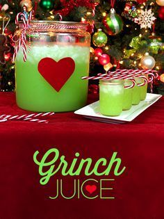 Christmas Grinch Juice is Such a Cute Idea for Christmas Brunch or Dinner Parties.