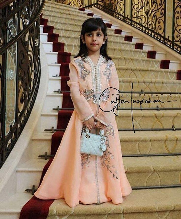 Even the little ones wearing a @selma_benomar_caftan  #morocco#casablanca#rabat#fes#meknes#marrakech#tetouan#tanger#nador#dubai#abudhabi#kuwait#qatar#doha#uae#jordan#amman#bahrain#muscat#lebanon#oman#beirut#malaysia#indonesia#india#pakistan#caftan#caftaninspiration