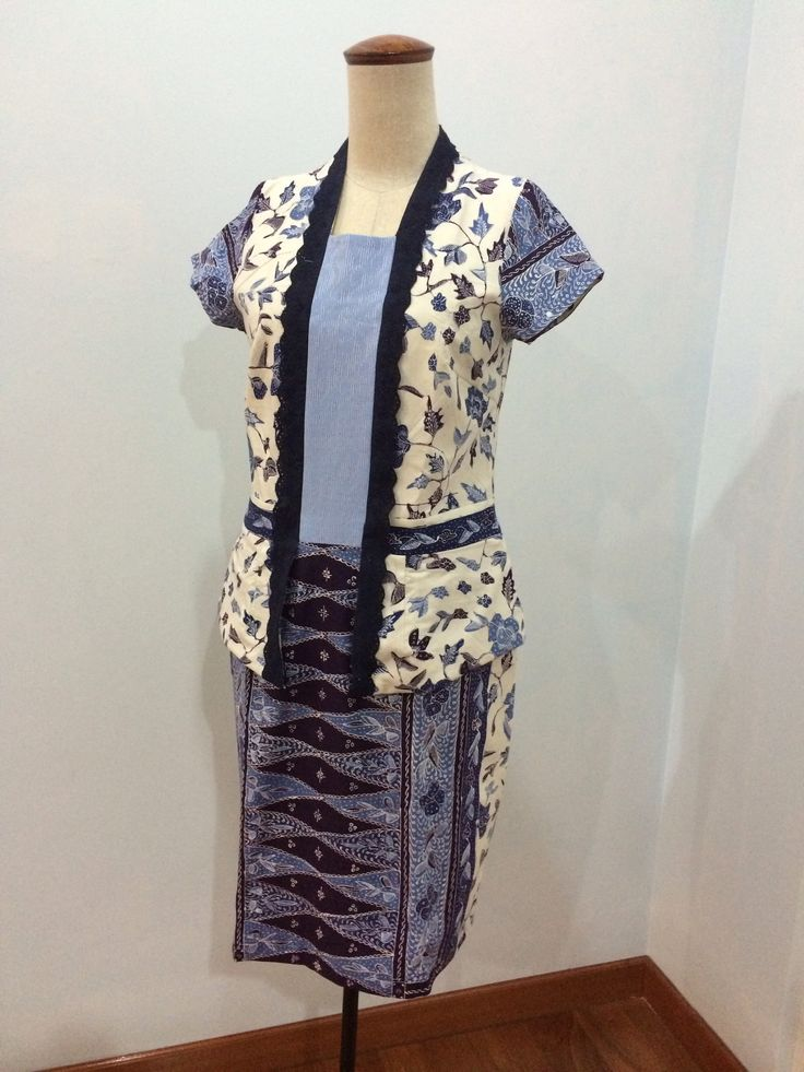 Kutubaru dress made from batik cap Cirebon. Dress is made by Dongengan (Facebook: https://m.facebook.com/dongengan)