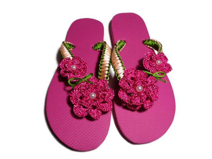 girls slippers,women slippers,gift ideas,handmade sandals,summer flat,flowers,beach slippers by TinasHandicraftGr on Etsy