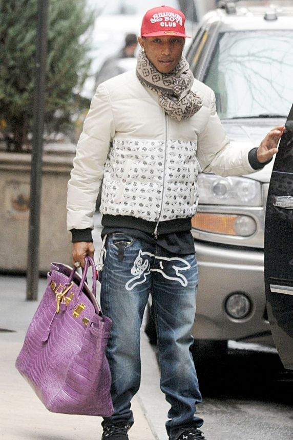 Man purse gay or not – Trend models of bags photo blog