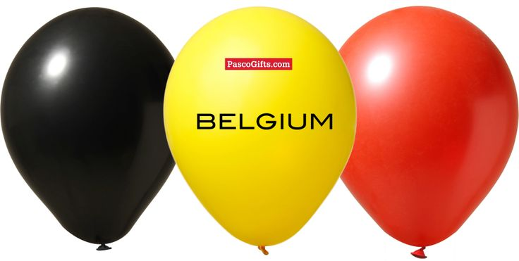 Promomateriaal klaarleggen voor België-Zuid Korea. Wie zal er in de pan gehakt worden?