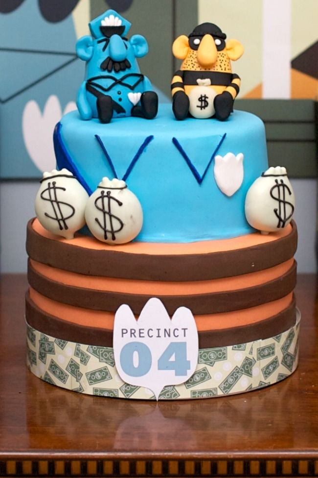 Cops and Robbers cake - so cute it should be illegal.