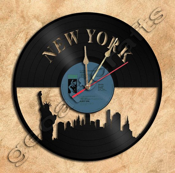 Wall Clock New York Vinyl Record Clock Upcycled by geoartcrafts, €21.00